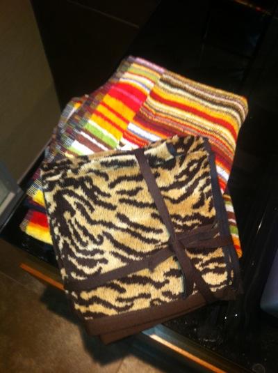 zara tigre flannels