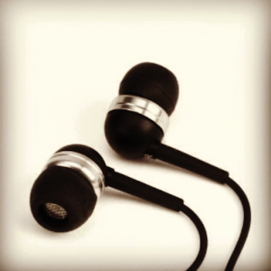 Creative EP-630 Noise Isolating Earphones Review
