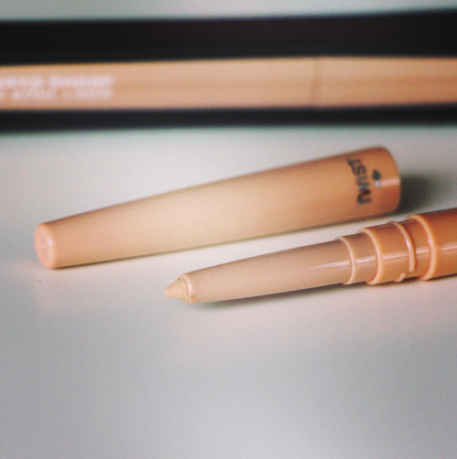 makeup review nude liner