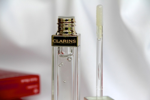 thing of beauty clarins gloss prodige in crystal a model recommends. Black Bedroom Furniture Sets. Home Design Ideas