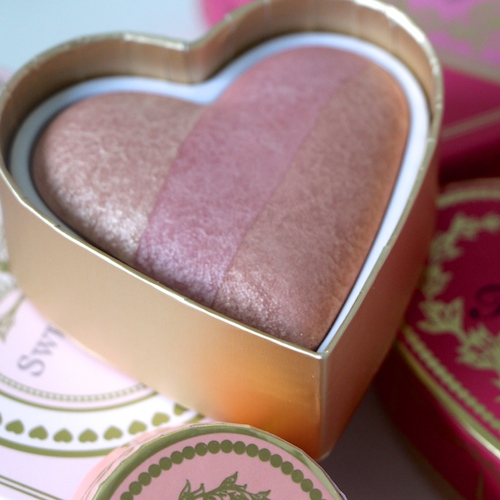 too faced blush heart