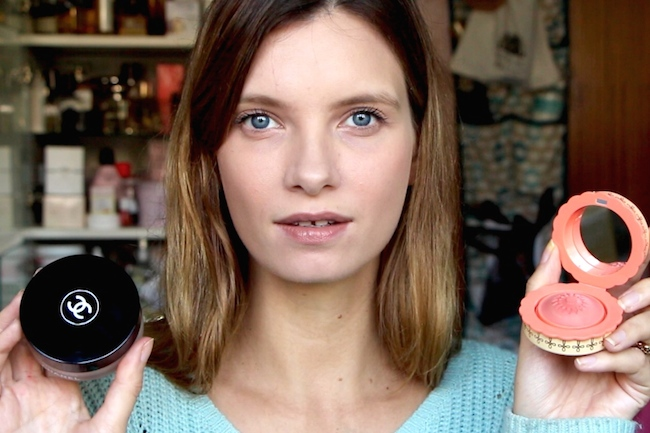 Review: Chanel's Vitalumière Loose Powder Foundation