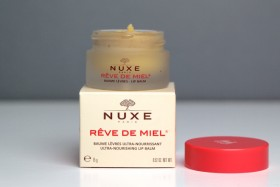 Nuxe Reve de Miel: Non-Sticky Weather-Proof Lip Balm.