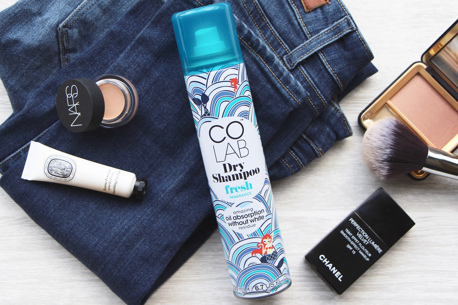 colab dry shampoo fresh monaco scent