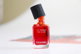 Chanel Nail Gloss: Get On My Hands