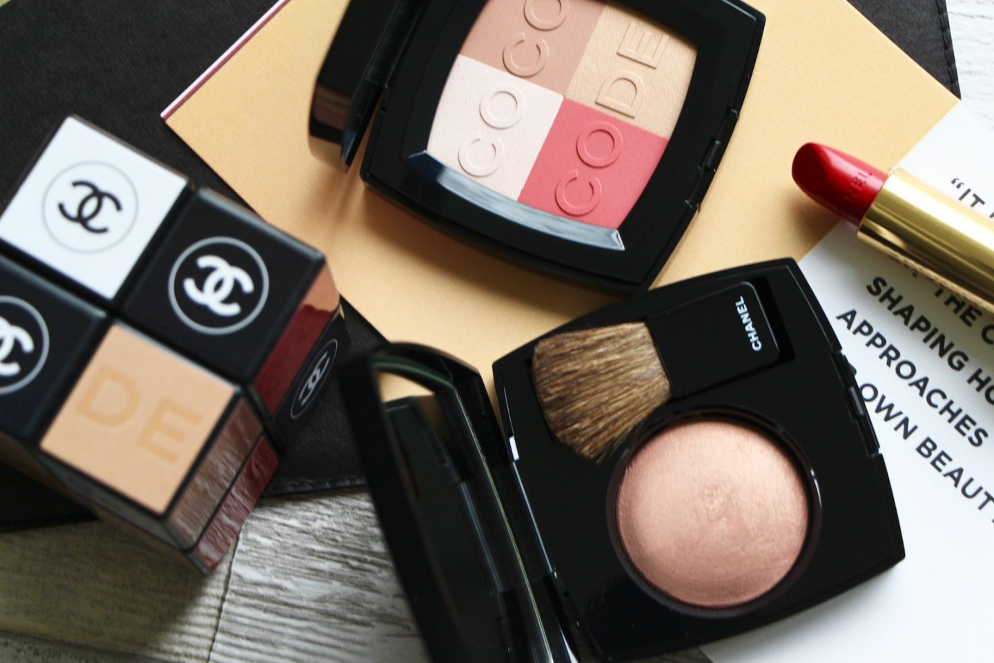 chanel codes palettes