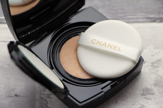 Foundation Review: Chanel Les Beiges Gel Touch Cushion