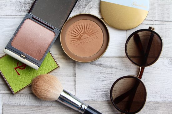 how to apply face bronzer