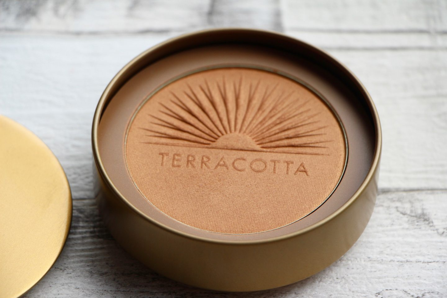 GUERLAIN Terracotta Collector Ultra-Shine Bronzing Powder