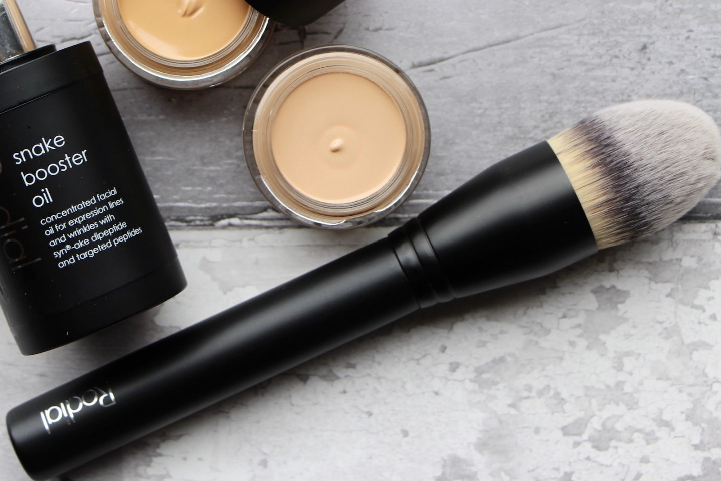 Rodial The Airbrush Foundation Brush Review