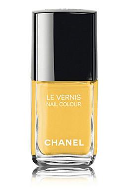 yellow fashion and beauty