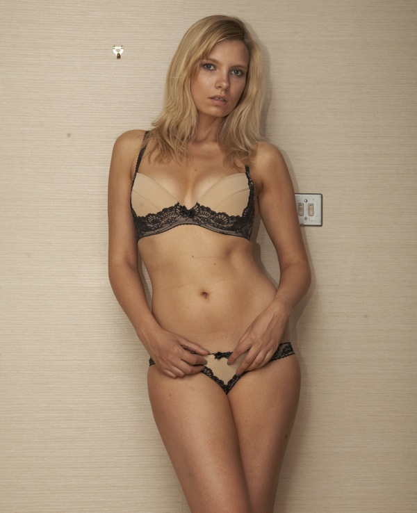 Sexy hot nude massage