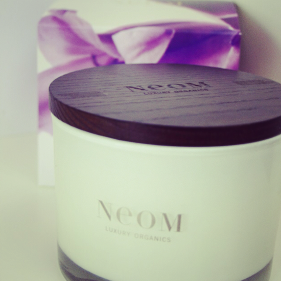 neom enchantment candle review