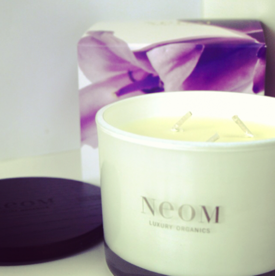 neom bluebell candle review