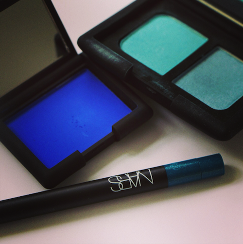 nars blue shadow
