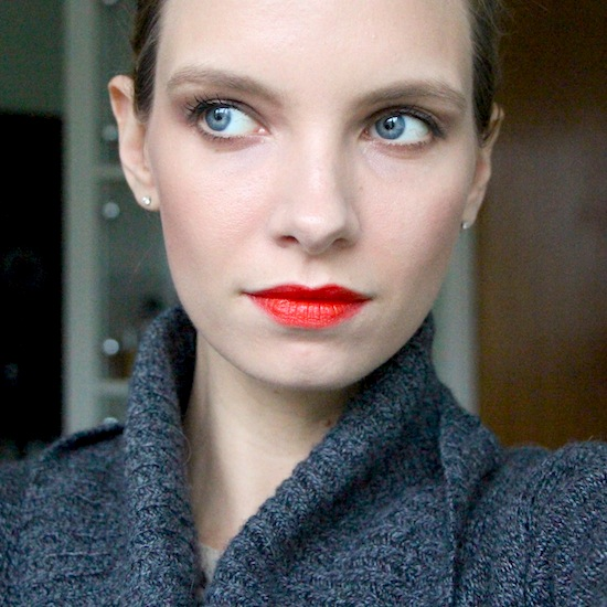 ruth crilly model beauty lipstick