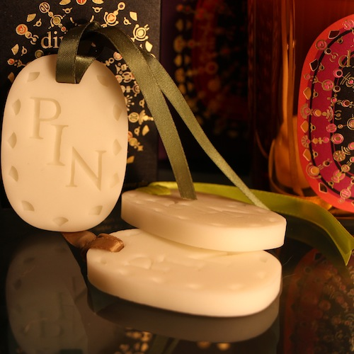 diptyque christmas decorations