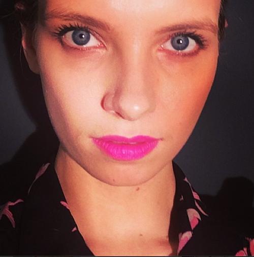 chanel la diva lipstick review