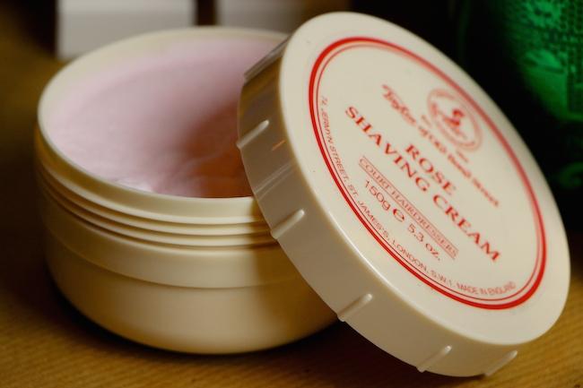 rose shaving cream