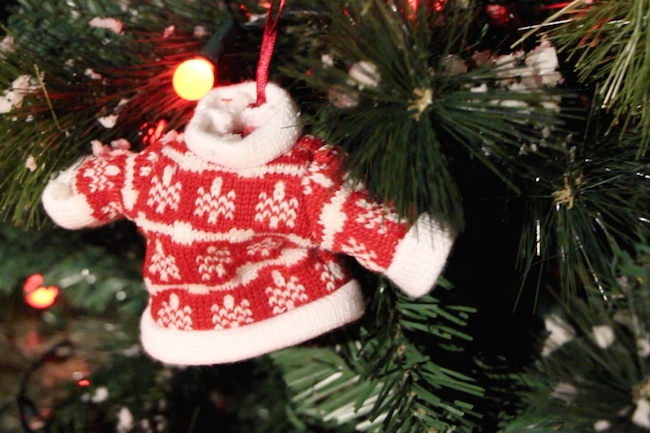 christmas jumper tree decoration