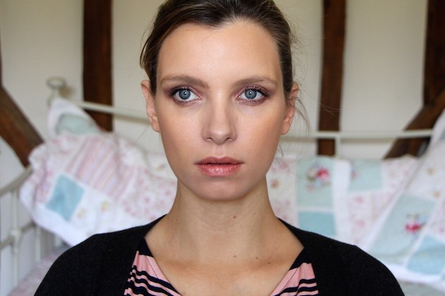 ruth crilly model beauty blogger