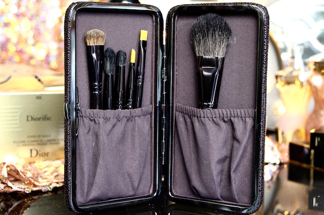 laura mercier brush set