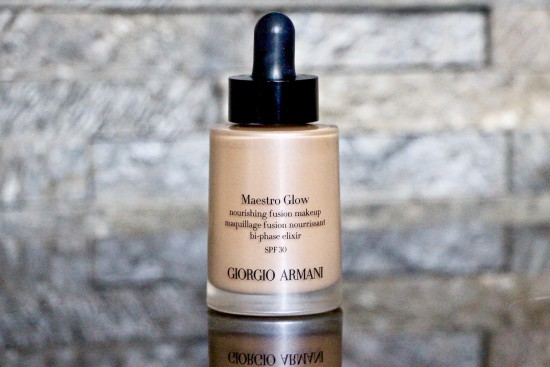Armani Maestro Glow Foundation