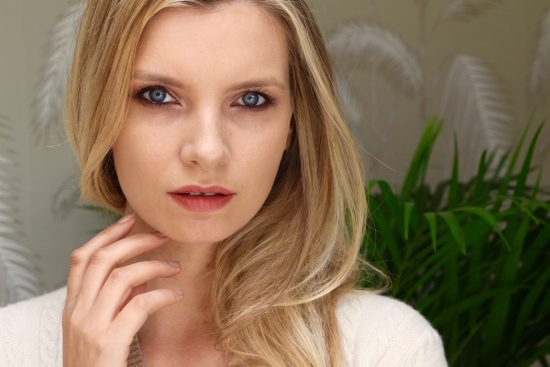 ruth crilly easy summer makeup
