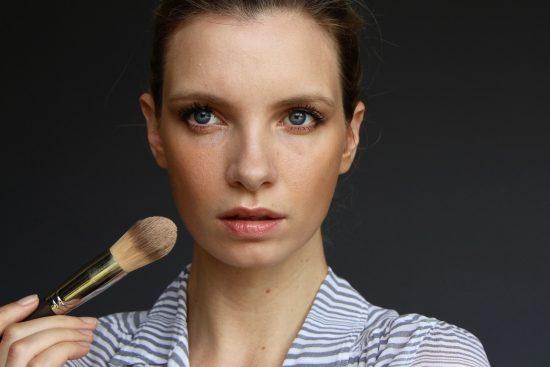 sheer and natural makeup look