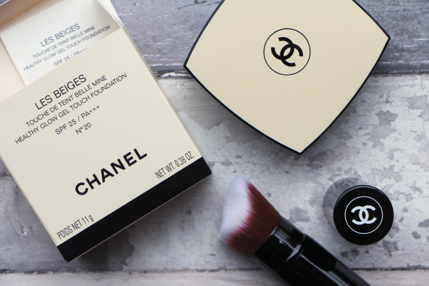 Chanel Les Beiges Gel Touch Foundation Review