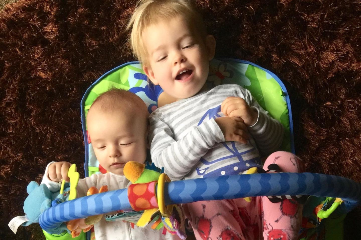 toddler and baby update diary