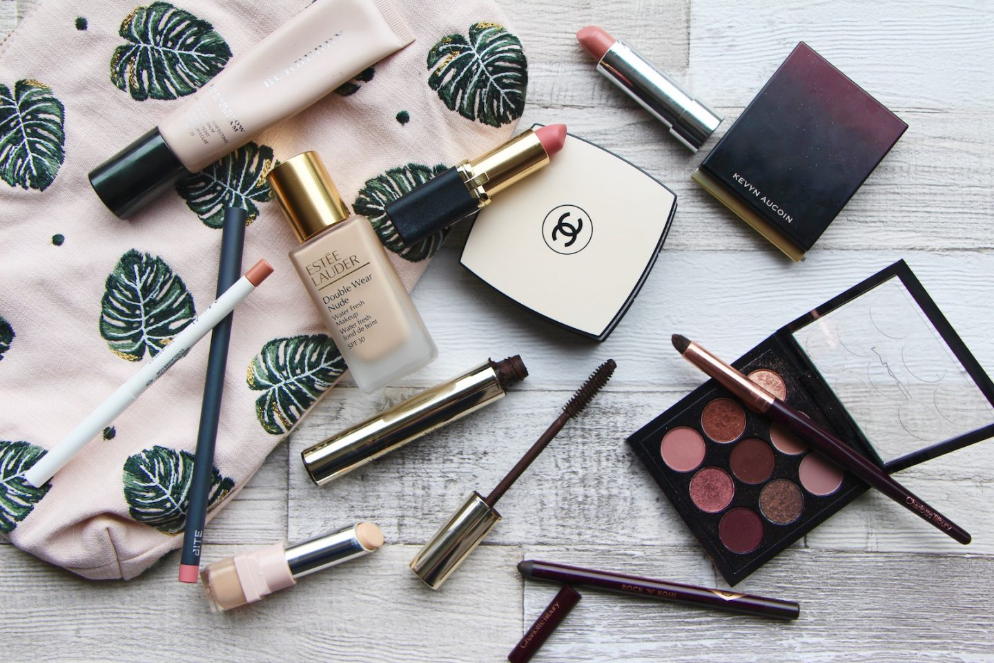whats in my makeup bag summer 2017