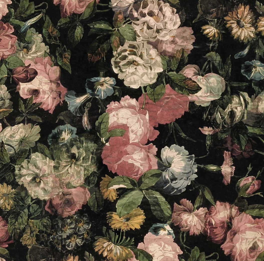 interiors dark florals
