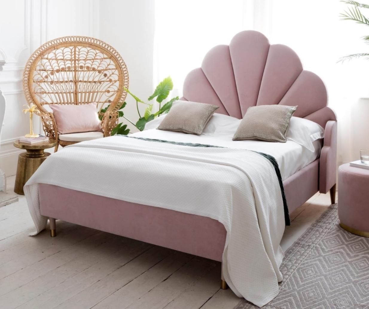 pink velvet beds