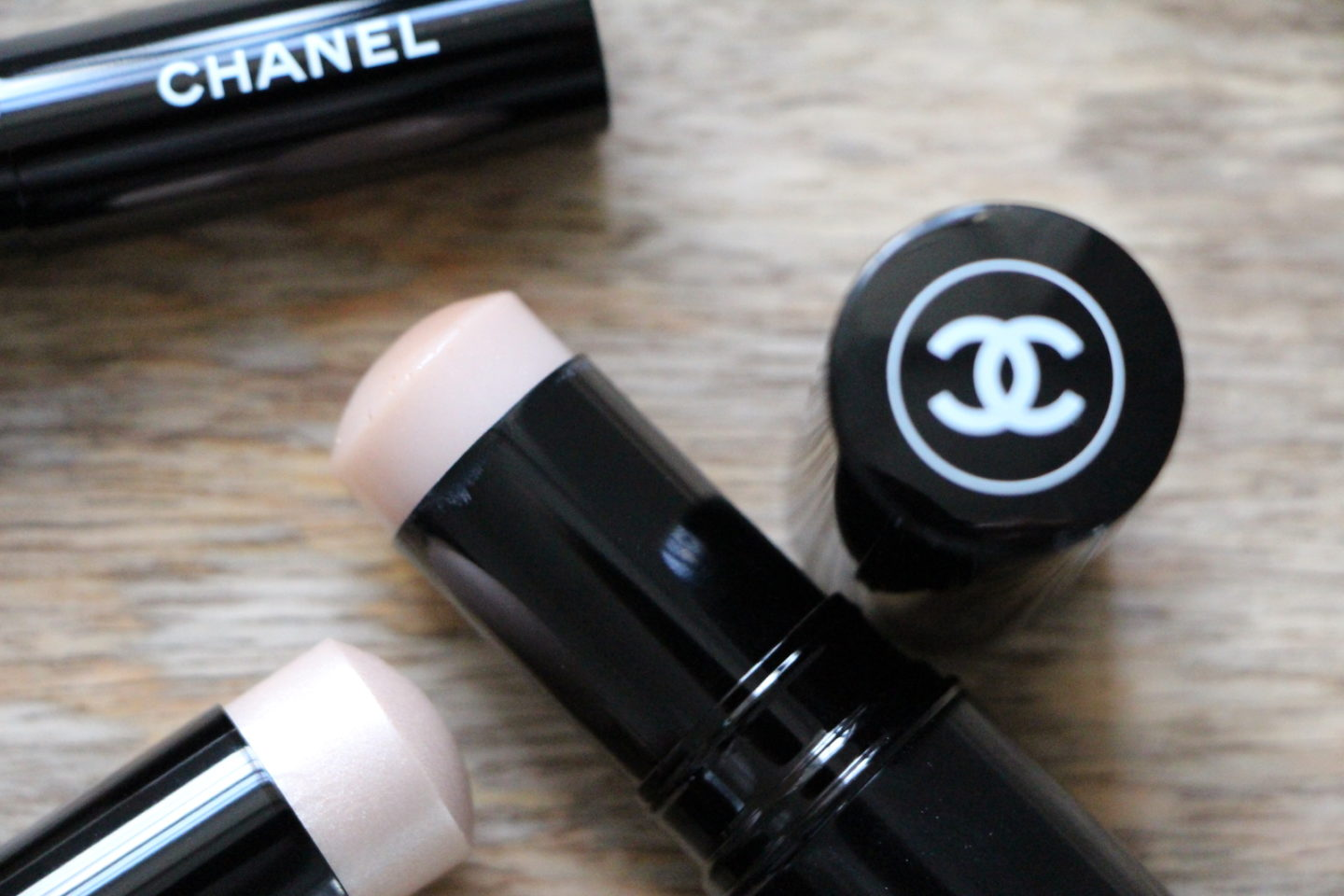 Chanel Baume Essentiel Review
