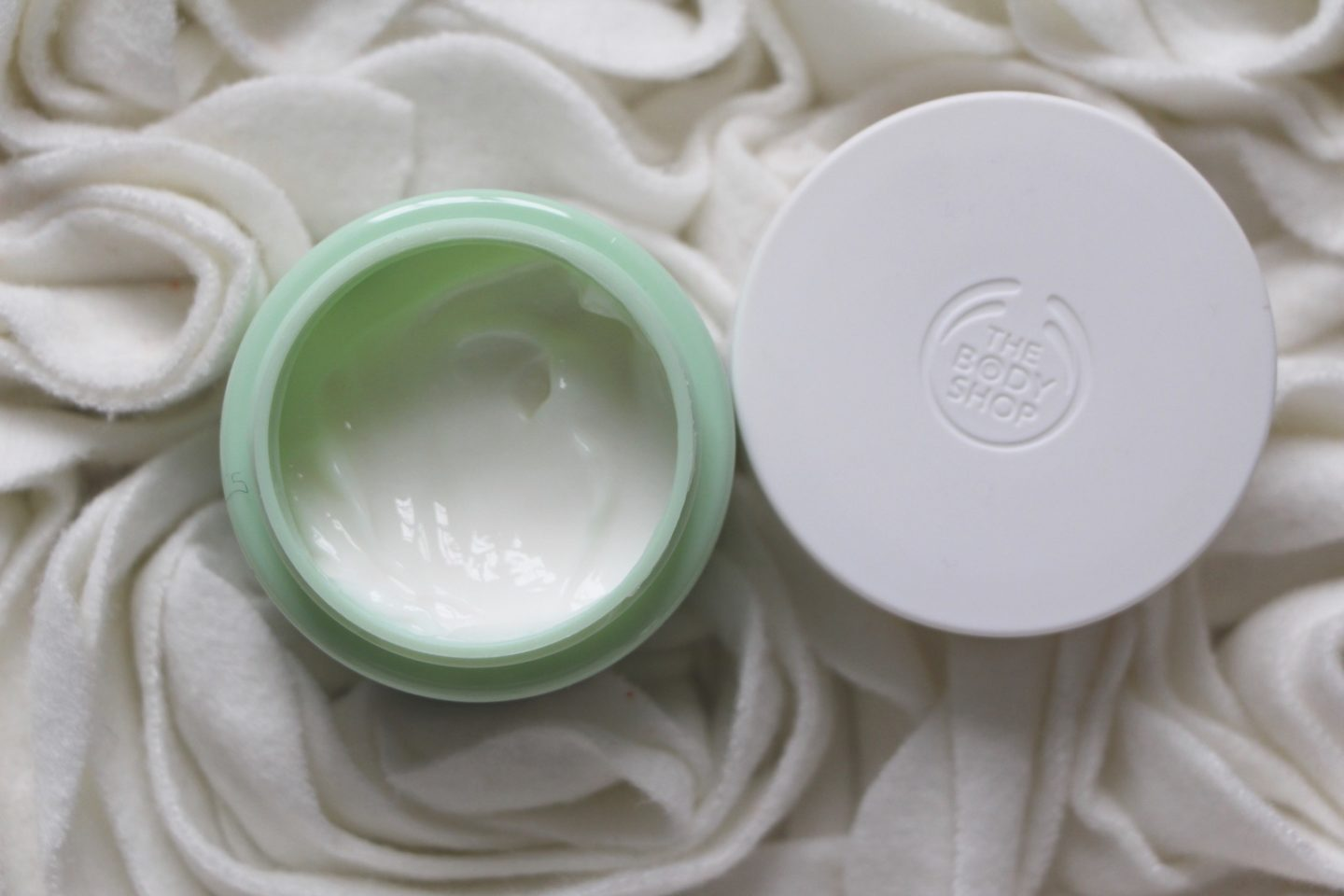 The Body Shop Aloe Soothing Day Cream for Sensitive Skin Review